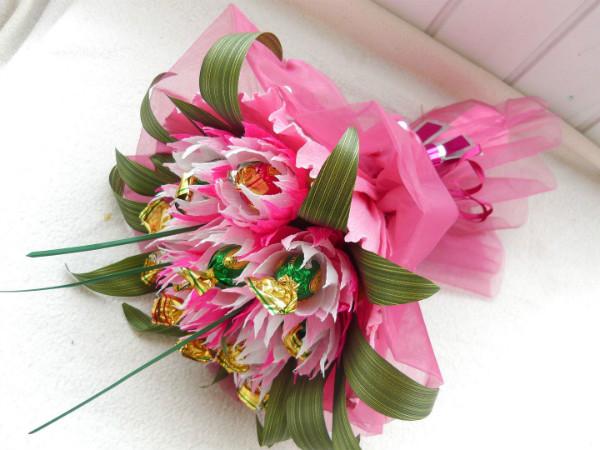 Букет для девушки 16 лет дизайн фото, 101 розу купить днепропетровск