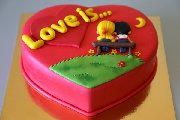 как приготовить торт с сюрпризом на 14 февраля