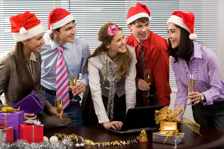 Корпоративные подарки на новый год 23