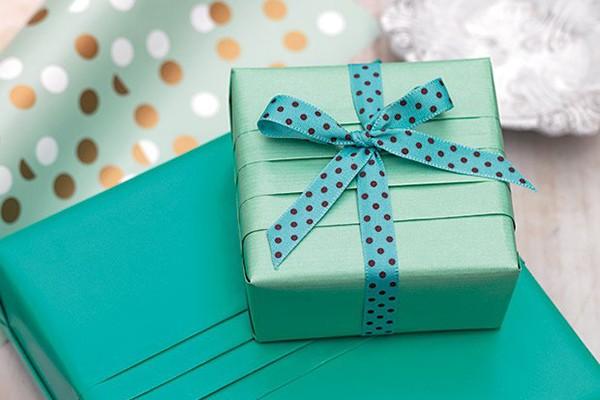 7c92ac1c328e В День Защитника Отечества поздравляют всех мужчин, с особым вниманиям  выбирают подарки любимым людям. А самым любимым человеком для каждой  женщины является ...